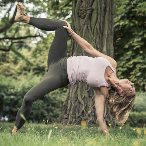 Caro Lindner, Bow Spring-Yoga, Berlin
