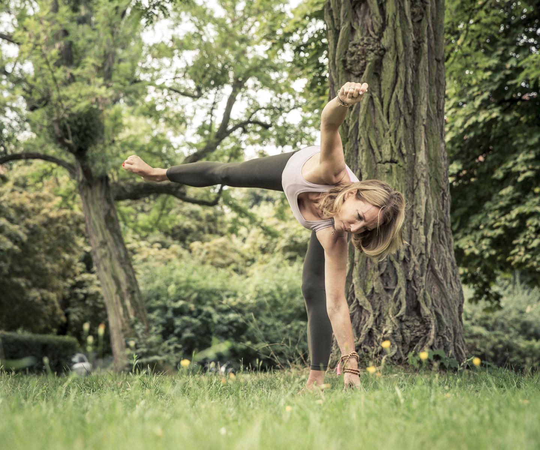 Stärke und Entspannung mit Yoga