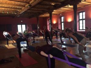 Yoga in der Remise